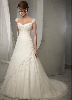 Elegant wedding dress. Forget about the future husband, for now let us concentrate on the bride-to-be whom considers the wedding as the greatest day of her life. With that fact, then it's definite that the wedding dress has to be the best.