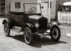 T Classy Car - Photo by swainboat.Classy Car - Photo by swainboat. Ford Motor Company, Vintage Cars, Antique Cars, Classy Cars, Ford Classic Cars, Car Ford, Ford Trucks, Ford Models, Old Cars