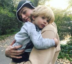Awww😍😍 so cute! Cute Family, Family Goals, Cute Relationship Goals, Cute Relationships, Beautiful Boys, Pretty Boys, Cute Couples Goals, To My Future Husband, Handsome Boys