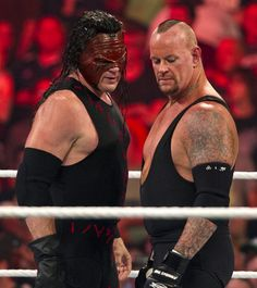 Rare photos of The Undertaker & Kane teaming up to form The Brothers of Destruction. Wrestling Rules, Wrestling Wwe, Wwf Superstars, Wrestling Superstars, Kane Wwf, The Undertaker, Wwe Raw And Smackdown, Wrestlemania 29, Wwe Pictures