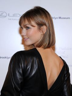Karlie Kloss Photos Model Karlie Kloss attends the VIP reception and viewing for The Fashion World of Jean Paul Gaultier: From the Sidewalk to the Catwalk at the Brooklyn Museum on October 2013 in the Brooklyn borough of New York City. Karlie Kloss Short Hair, Bob Hairstyles, Straight Hairstyles, Hair Inspo, Hair Inspiration, Short Hair Cuts, Short Hair Styles, Corte Y Color, Homecoming Hairstyles