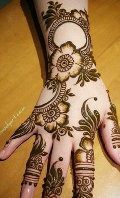 We have got a list of top Mehndi designs for Hand. You can choose Mehndi Design for Hand from the list for your special occasion. Latest Arabic Mehndi Designs, Rose Mehndi Designs, Mehndi Designs For Beginners, Mehndi Designs For Girls, Unique Mehndi Designs, Wedding Mehndi Designs, Mehndi Designs For Fingers, Beautiful Mehndi Design, Dulhan Mehndi Designs