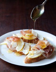 Ham, Pears, and Parmigiano-Reggiano #sandwich #prosciuttocrudo #honey