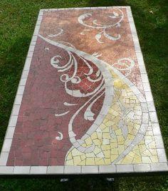 Maybe my countertops. If I felt really inspired Mosaic Tables, Mosaic Pots, Mosaic Garden, Mosaic Glass, Garden Art, Stained Glass, Glass Art, Mosaic Crafts, Mosaic Projects