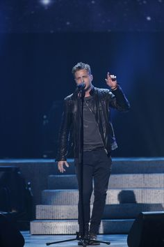Ryan Tedder - Musicians Perform at a Relief Benefit Concert