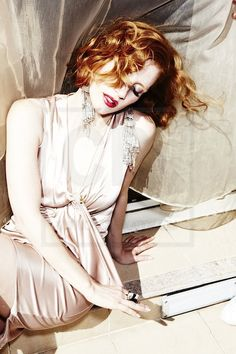 #JessicaChastain 2011. Jessica Chastain, Perfect Redhead, Red Hair Inspiration, Actress Jessica, Celebrity Photography, Dye My Hair, Amanda Seyfried, Pale Skin, Classic Beauty