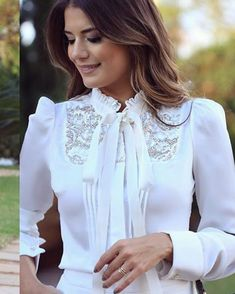 40 Stylish Blouse For Work Ideas Sexy Blouse, Blouse And Skirt, Blouse Outfit, Work Blouse, Cute Blouses, Blouses For Women, Blouse Styles, Blouse Designs, Hijab Fashion