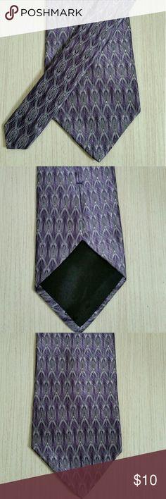 Men's tie by Arrow, purple Silk Tie By Arrow Graphic Print Purple and gray Excellent  Condition Accessories Ties