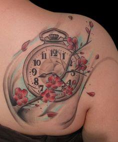 Hình xăm đồng hồ cho nữ
