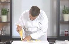 Ricetta    Bigné fritti http://video.repubblica.it/cucina/ricette/antipasti/bigne-fritti/97340/95722