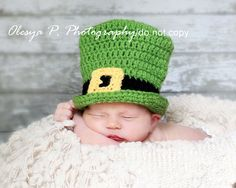 Download PDF crochet pattern 033 - Lil' Leprechaun hat and bow (tie) - Sizes newborn and 0-3mo