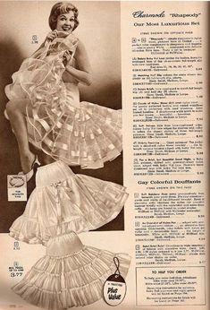 Simpsons, Sears advertisement, f/w 1960 Lingerie Retro, Classic Lingerie, Jolie Lingerie, Vintage Advertisements, Vintage Ads, Vintage Dresses, Vintage Outfits, Vintage Kids Clothes, Vintage Style