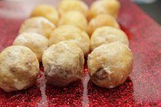 Buñuelos de viento rellenos de crema de chocolate - http://www.thermorecetas.com/bunuelos-viento-rellenos-crema-chocolate/