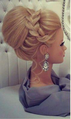 Peinado de fiesta. #peinadosdefiesta #peinadosfaciles #peinadosde15