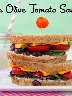 Find over 1500 easy family recipes for breakfast, lunch and dinner. Including homemade baby food recipes, toddler food, and school lunch ideas at Weelicious. School Lunch Sandwiches, School Lunch Recipes, School Lunches, Lunch Box, Work Lunches, Lunch Time, Toddler Meals, Kids Meals, Toddler Recipes