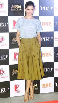 Deepika Padukone at the trailer launch of 'Piku'.