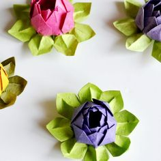 Make these pretty origami lotuses in varying sizes for lovely home decor or use them as gift toppers. (Photo instructions with captions.)
