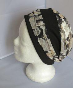 Turban préformé - Foulard cheveux - chapeau - bandeau chimio tout en  camaïeu de beige à motifs noirs enlacé d un bandeau noir d621d86cea0