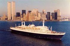 SS Rotterdam leaving New York 1980.