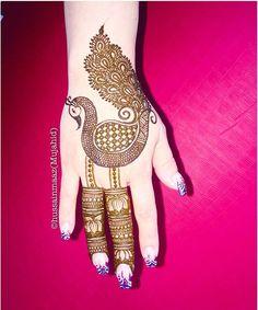 #henna #hennaartist #mehndi #mehendidesign #simpledesign #floral #flowers #petals #sangeet #mehandinight #bride #bridal #bridalinspiration #inspirational #bridalhenna #weddinghenna #bridalglam #glamour #beauty #coachella #indian #indianwedding #indianbride #tattoo #tattooartist #southasian #southasianwedding #makeup #weddingphotography #photo