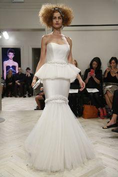Badgley Mischka Bridal Fall 2014 - Nice details
