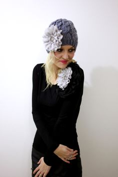 Chic Camillia long sleeve top - Black with Grey Centre Flower
