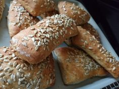Styrian spelled rusks with sunflower seeds - Brote - Bread Bread Recipes, Cooking Recipes, German Baking, Pampered Chef, Bread And Pastries, Sunflower Seeds, Soul Food, Food And Drink, Low Carb