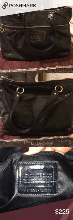 Coach Daisy Liquid Gloss Tote Beautiful coach leather tote bag. Great for business attire and computer toting. Used maybe twice. Excellent condition! Coach Bags Totes