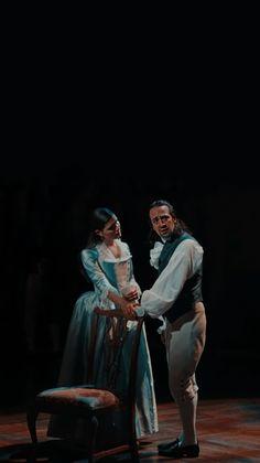 Hamilton Eliza, Alexander Hamilton, Hamilton Star, Hamilton Broadway, Hamilton Musical, Hamilton Helpless, Alexander And Eliza, Hamilton Schuyler Sisters, Hamilton Background