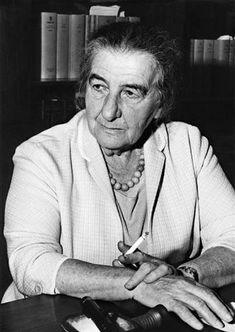 """Izrael nie chciał niepełnosprawnych Żydów z Polski  Golda Meir proponowała w 1958 roku, gdy była szefową dyplomacji Izraela, ograniczenie imigracji chorych i niepełnosprawnych polskich Żydów - wynika z tajnego dokumentu izraelskiego MSZ, o którym pisze dziennik """"Haarec""""."""