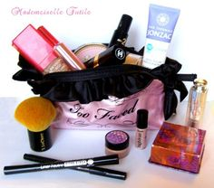 trousse de maquillage too faced