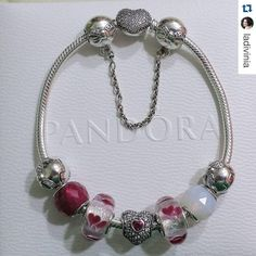 """Color  Sparkle ✨ Heart  This bracelet has it all! Our #InspirationMonday this week comes from @ladivinia and her beautiful #PANDORA design. Show us how…"""