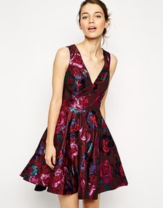 Gorgeous burgundy jacquard dress