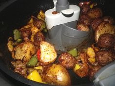 Meatball Special With Peppers And Taters (Actifry) Recipe - Liza Lamb - Chayote Recipes, Actifry Recipes, Easy Cooking, Cooking Recipes, Healthy Recipes, Air Frier Recipes, Stuffing Casserole, Roasted Chicken Breast, Work Meals