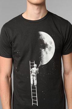 Urban Outfitters - Arka Lunar Artist Tee on Wanelo Creative T Shirt Design, New T Shirt Design, Shirt Print Design, Tshirt Creative, T Shirt Designs, Online Tshirt Design, Tee Online, Paint Shirts, T Shirt Painting