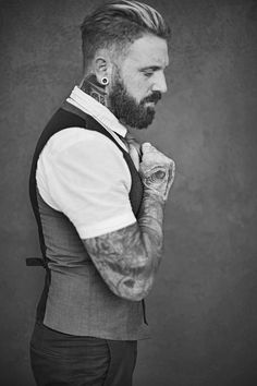 Pretty and Inked, Amber Strickler, Wes Palmer, Tattooed men, Salon on Kirby