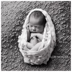Newborn | Montgomery, AL Newborn Photography | Click to see more images from this session!