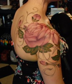 So feminine and blended!  LOVE it!  CherrieDragon Tattoos - Artist: Kyle Cotterman