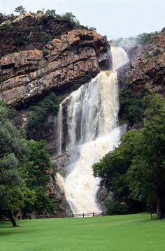 "Witpootjie Waterfall in the Walter Sisulu National Botanical Garden - Johannesburg, South Africa. One of the 9 national botanical gardens in the country. A great place for reflection / ""to break-away"" in the northwestern suburbs of Jo'burg. Wonderful Places, Beautiful Places, National Botanical Gardens, Africa Destinations, Destination Wedding Locations, Wedding Places, Belleza Natural, Solo Travel, Strand"