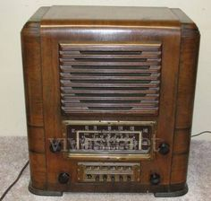 RADIO ANTIGUO MARCA CROSLEY DE BULBOS MOD. AW-25 DE 1930  http://antiguedades.vivastreet.com.mx/joyeria-usada+zacapu/radio-antiguo-marca-crosley-de-bulbos-mod--aw-25-de-1930/38848209