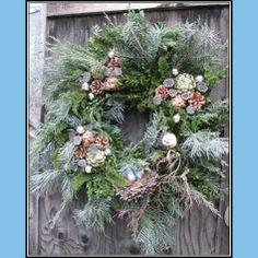 Winter Flower arrangements | Winter floral arrangements | Hudson Valley | Ulster County | Catskills