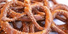 French Pretzel ~ Best food in France Croissants, Mousse Speculoos, Mini Quiche Sans Pate, Bearnaise Sauce, Creme Dessert, Pan Dulce, Naan, Coco, Baked Goods