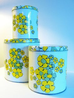 vintage metal canisters - green and yellow daisies - set of 3 - 1970s