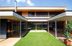 Einfamlienhaus Gruber, Bernhard Stoehr - Kramsach (A) - 2014 Garage Doors, Building, Interior, Outdoor Decor, Home Decor, Wood Walls, Detached House, Architecture, Homes