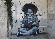 Jean-François Perroy, conosciuto con lo pseudonimo di Jef Aérosol, è un artista urbano francese, pioniere dell'arte di strada sin dai primi anni 80, ha fat