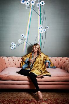 Kate Moss's house showcases de Gournay collaboration (houseandgarden.co.uk)