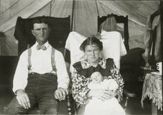 Lawrence and Mary O'Leary with their daughter, Louisiana Purchase O'Leary who was born at the 1904 World's Fair. Missouri History Museum
