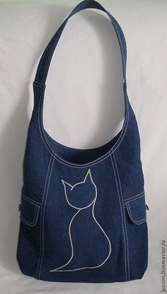 Bag from jeans. very nice embroidered detail, it .- Bag from jeans. muy buen detalle bordado, se puede hacer con cualq… Bag from jeans. very good embroidered detail, it can be done with any large image - Jean Purses, Purses And Bags, Sacs Tote Bags, Denim Purse, Denim Jeans, Denim Bags From Jeans, Denim Backpack, Cat Bag, Denim Crafts