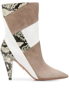 Shop online neutral Aquazzura pointed toe ankle boots as well as new season, new arrivals daily. Phenomenal luxury selection, get it now with quick Global Shipping or Click & Collect orders. Snakeskin Boots, Spring Street Style, Aquazzura, Brand You, Snake Skin, Fashion Shoes, Ankle Boots, Women Wear, Booty