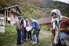 Bosnia-Herzegovina. El gobierno ha puesto en marcha el primer censo en la historia del país desde su independencia en 1992 y la posterior guerra de Bosnia que causó 250.000 muertos y unos 2,5 millones de refugiados entre 1992 y 1995.